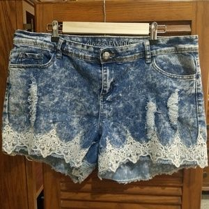 Almost Famous Frayed and Lace shorts.